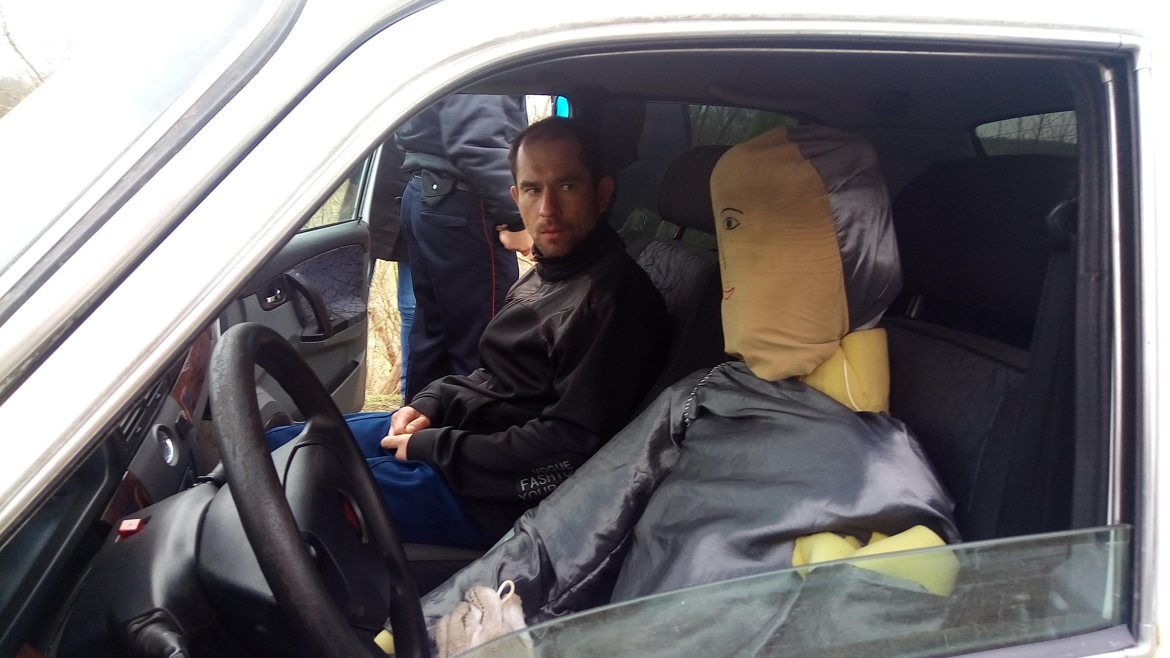В Курской области наркоман пытался убить таксиста