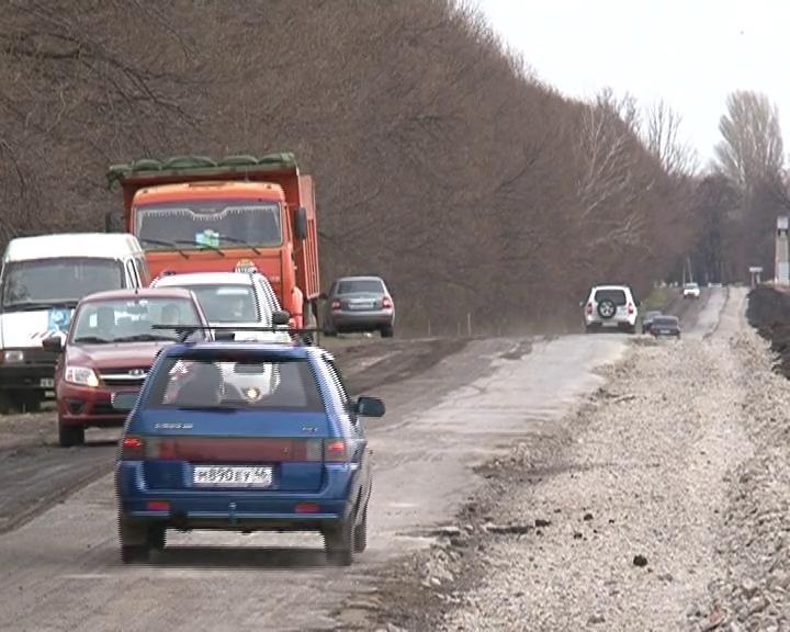 В Курском районе стартовал сезон строительства дорог