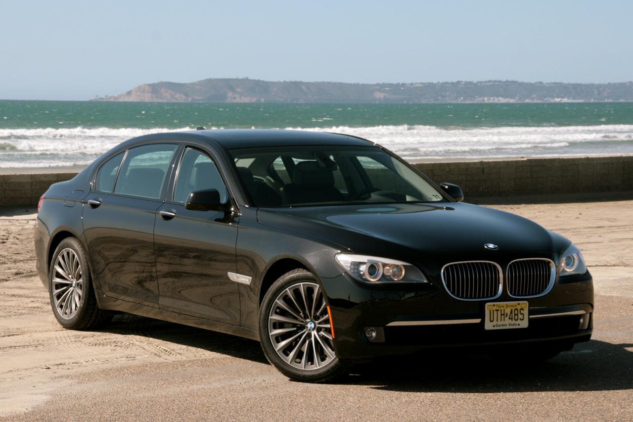 Жителя Курской области могут осудить за незаконно ввезённый BMW