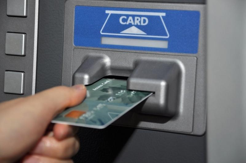 В Курской области таксист забрал деньги у пьяного пассажира