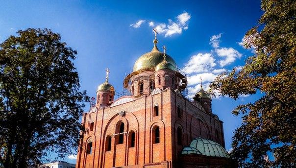 Женщина упала с купола храма в Курске и разбилась