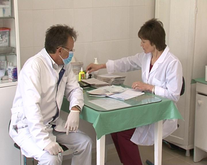 В муниципальной поликлинике в Курской области открыли новый стоматологический и процедурный кабинеты