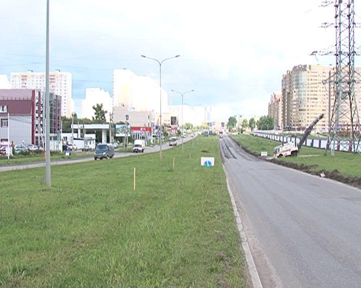 В Курске приступили к  реконструкции дорожного полотна на проспекте Вячеслава Клыкова