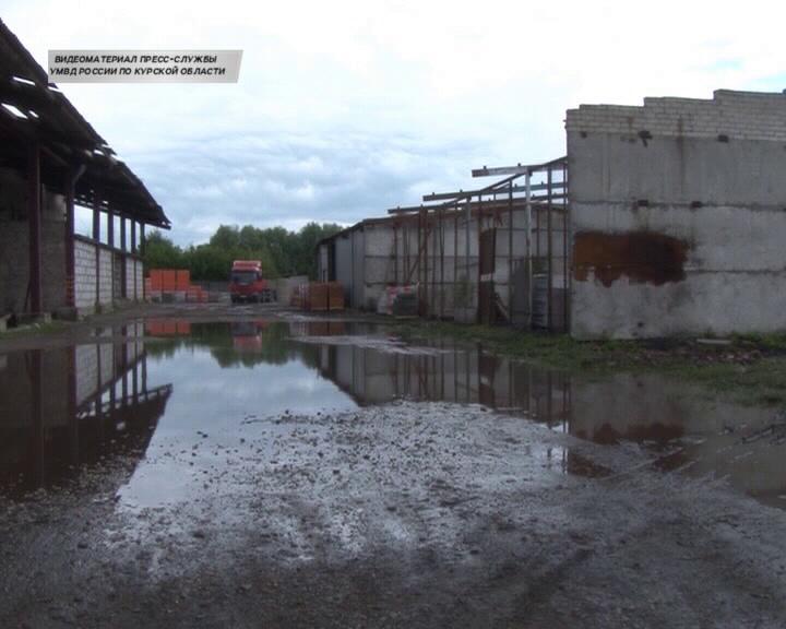 В Курске задержаны подозреваемые в серии краж строительных материалов и оборудования у предпринимателей