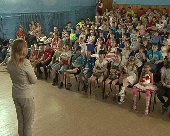 Курским школьникам рассказыли, что такое терроризм и кто с ним борется