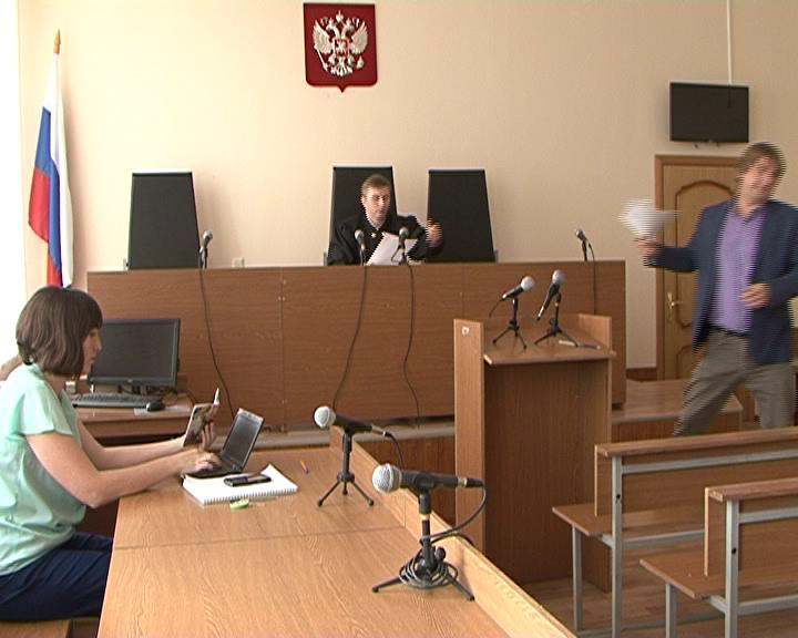 В Курске начались предварительные слушания по делу, где ответчиком выступает ветеран Великой Отечественной войны