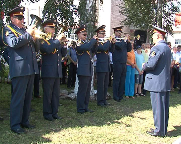 Ветераны курского железнодорожного узла  принимают поздравления