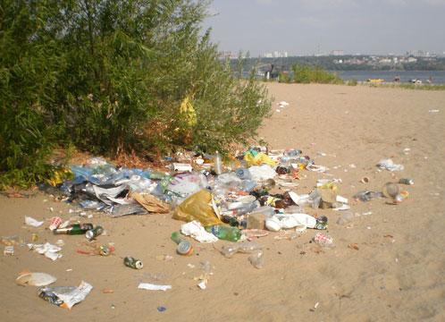 С курского пляжа вывезли 8 кубометров отходов
