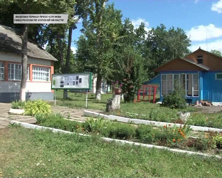 Курские полицейские провели в детском лагере профилактическую акцию