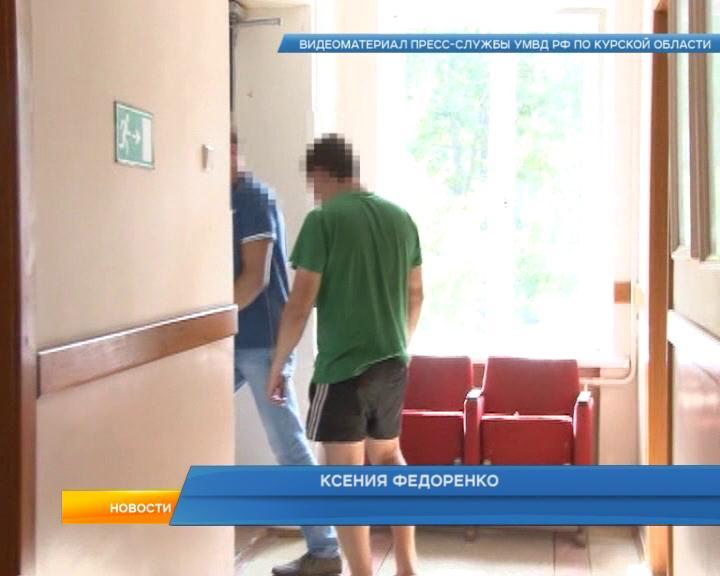 В Курской области мужчина ограбил АЗС из-за любви к её сотруднице