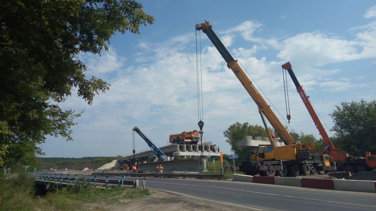 Строительство моста у села Лебяжье в завершающей стадии