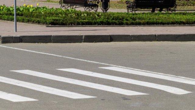 В Курской области пожилой мужчина  сбил девушку и скрылся с места ДТП
