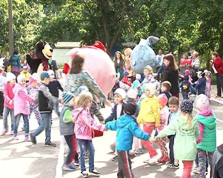 К концу этого года в Курске должны появиться 32  детских площадки.