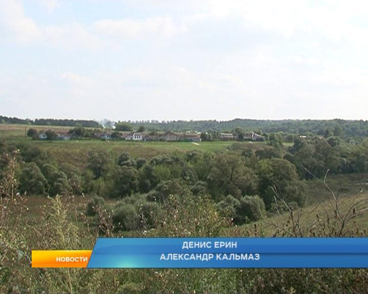 В селе Гридасово Обоянского района местные жители более 7 лет ждут новой дороги.
