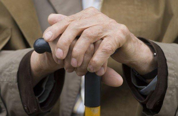 В Курске пенсионер содержал притон