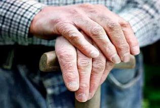 Курянин ограбил 80-летнего старика