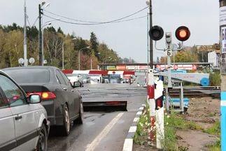 Более 200 курских водителей нарушили ПДД на железнодорожном переезде