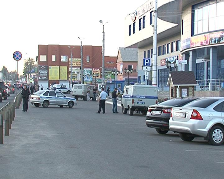 В Курске полицейские проверяют информацию о «минировании» нескольких общественных мест