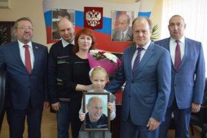 Курская школьница расспросила Путина о детстве