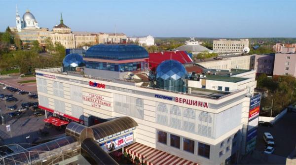 Курский миллиардер распродает свои торговые центры?