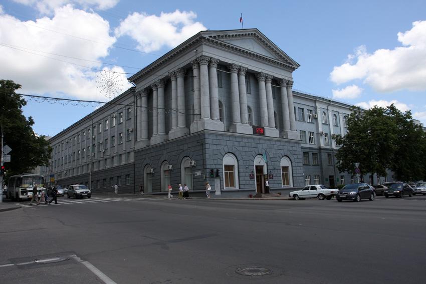 Председатель курского комитета ЖКХ покинул пост