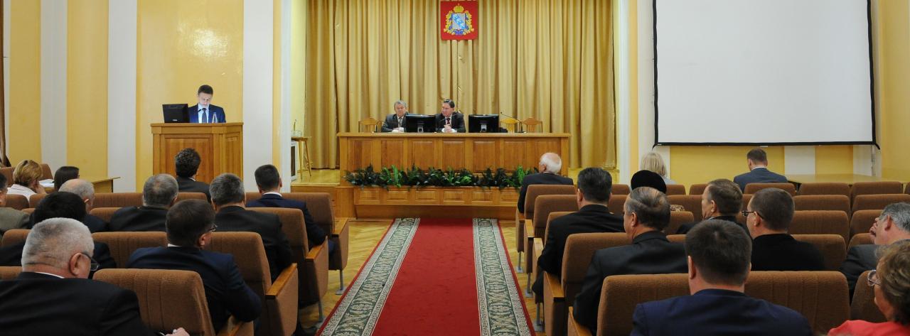 В Курске вновь обсудили благоустройство дворовых территорий