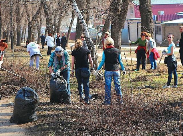 В эти выходные в Курске убрали 300 кубометров мусора