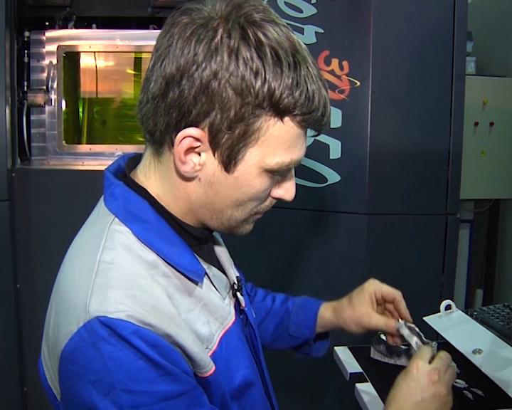 Специалисты Росатома разрабатывают технологию 3Д печати любой части скелета человека.