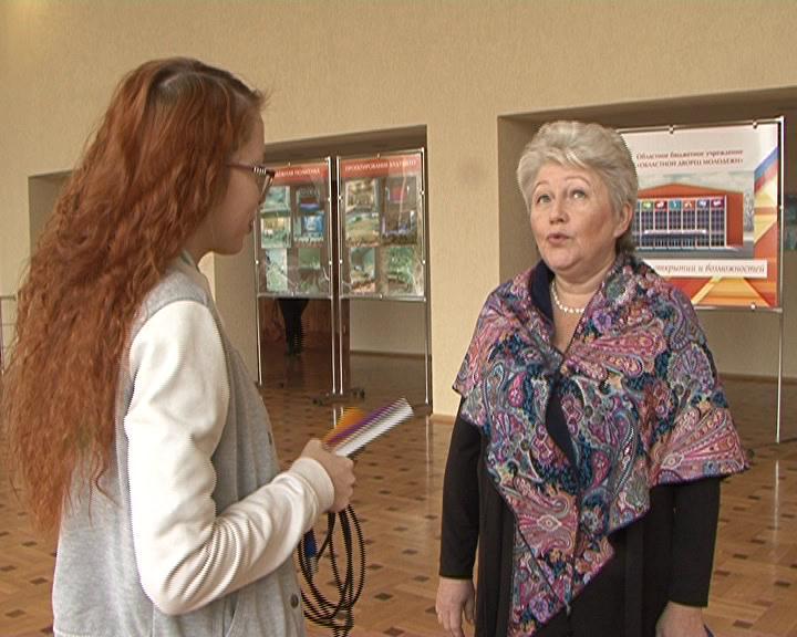 В Курске десятки многодетных матерей отметили нагрудными знаками и дипломами.