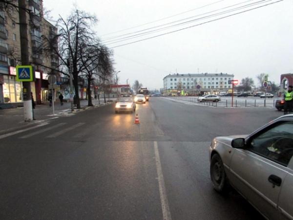 В Курске разыскивают водителя, скрывшегося с места ДТП на Привокзальной площади